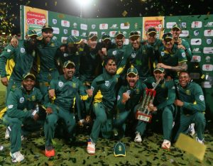 South Africa celebrate a 5-0 ODI win over Australia
